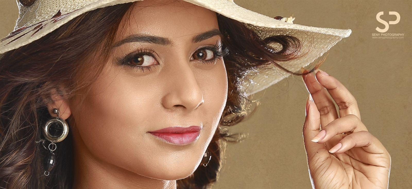 Actress-Suza-Kumar-Stills-20 Homepage - Magazine
