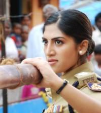 Kakkisattai-Kaanchana-Movie-Stills-7