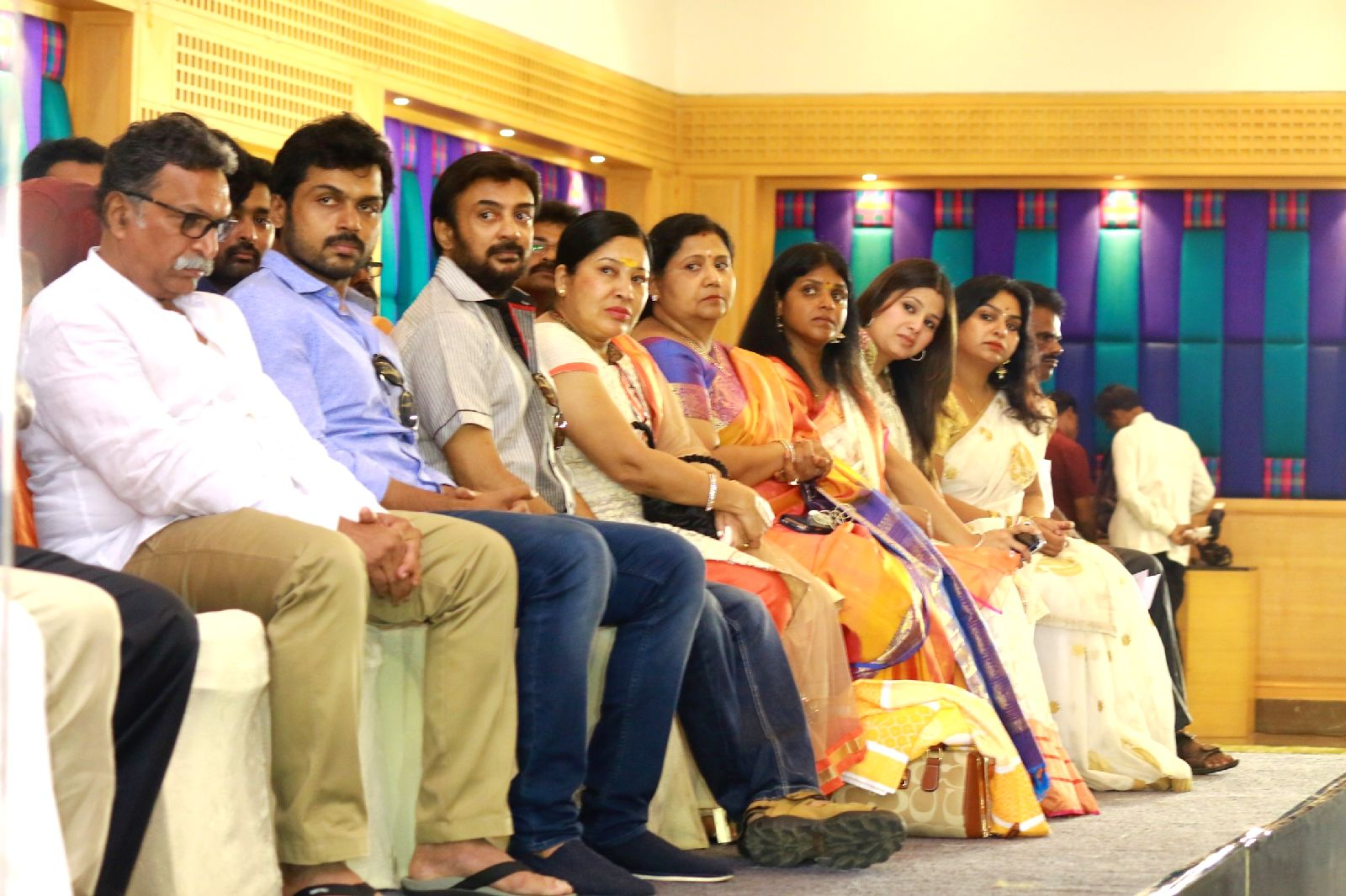Paandavar-Ani-Thanks-Giving-Meet-Press-Meet-Photos-211 Homepage - Big Slide