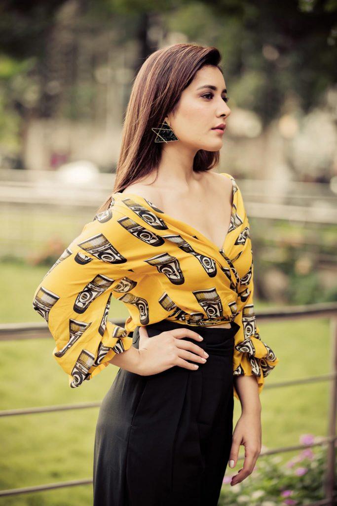 Actress-Raashi-Khanna-Photos-and-Stills-2-683x1024 Raashi Khanna