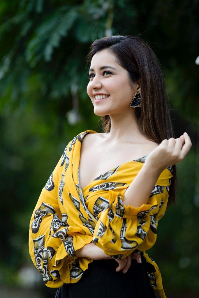 Actress-Raashi-Khanna-Photos-and-Stills-4-683x1024 Raashi Khanna
