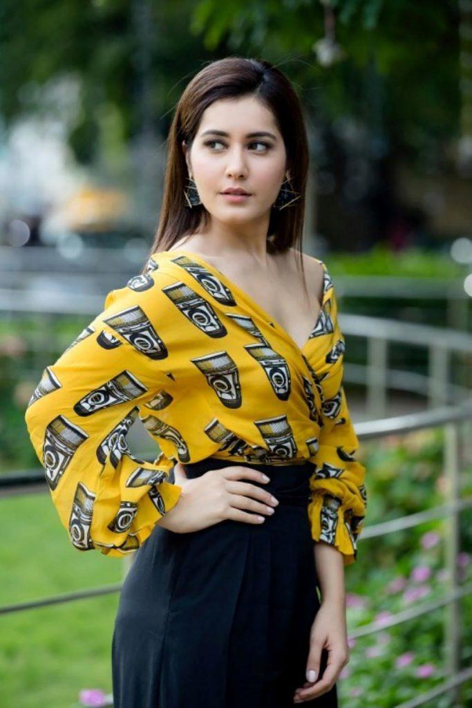 Actress-Raashi-Khanna-Photos-and-Stills-7-683x1024 Raashi Khanna