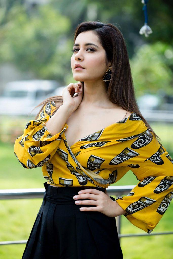 Actress-Raashi-Khanna-Photos-and-Stills-8-683x1024 Raashi Khanna